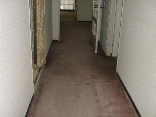 廊下リフォーム前