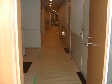 廊下施工後